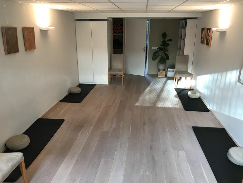 Aandachttraining ruimte in Bussum, gemakkelijke bereikbaar vanuit Naarden, Hilversum, Weesp, Huizen, Baarn